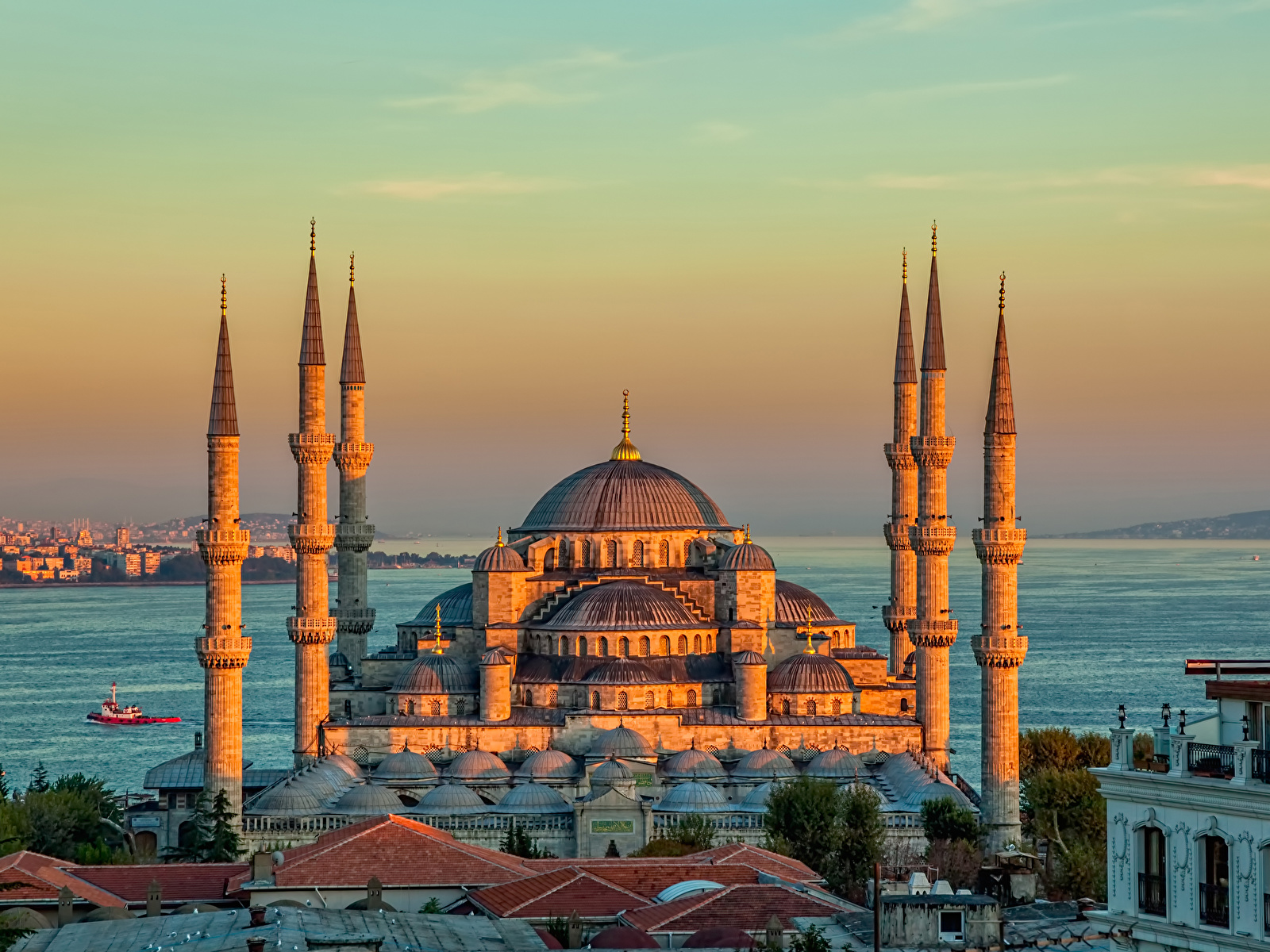 Istanbul_Turkey_Temples_Evening_Sultan_Ahmed_517571_1600x1200